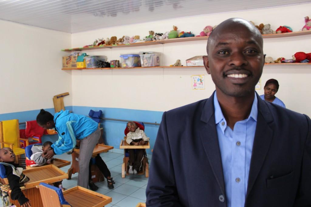 Koordinátor projektu Songa mbele na Masomo (Posuňme sa dopredu cez vzdelávanie) Benson Kiharu je optimista.