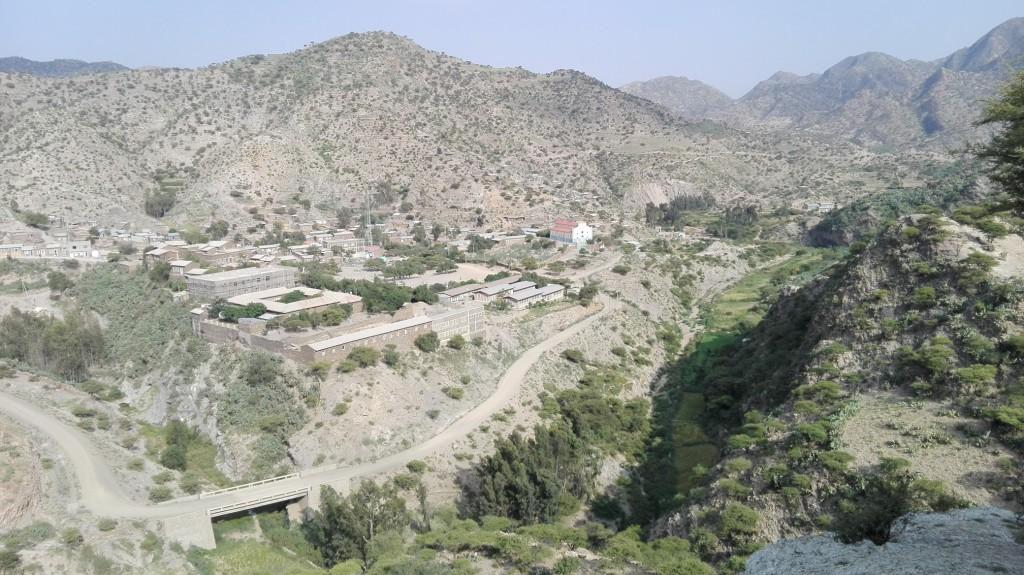 Alitena je suchá a hornatá dedina na severe Etiópie
