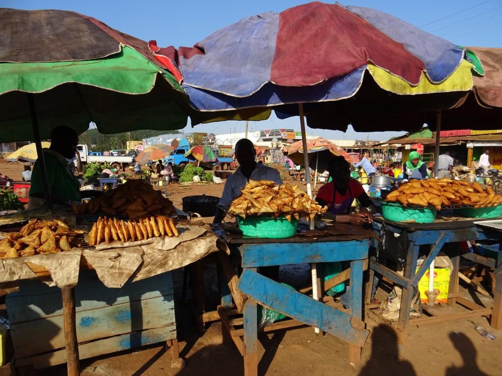 Miestny trh v Lugazi - radosť nakupovať, Lugazi 2017