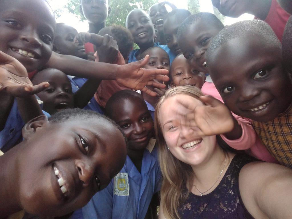 Spoločná fotka s deťmi zo škôlky